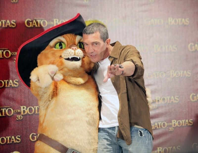 Antonio Banderas se dijo agradecido con la productora DreamWorks, por la oportunidad de hacer esta película.