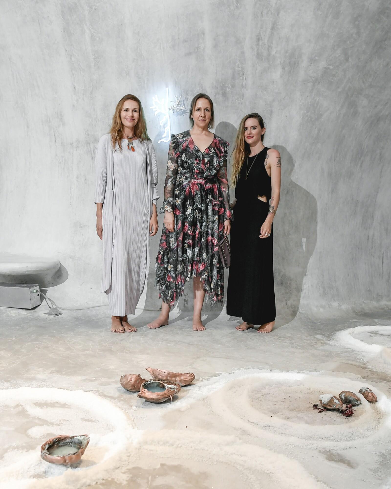 Margo Trushina, Claudia Paetzold y Bianca Bondi.jpg