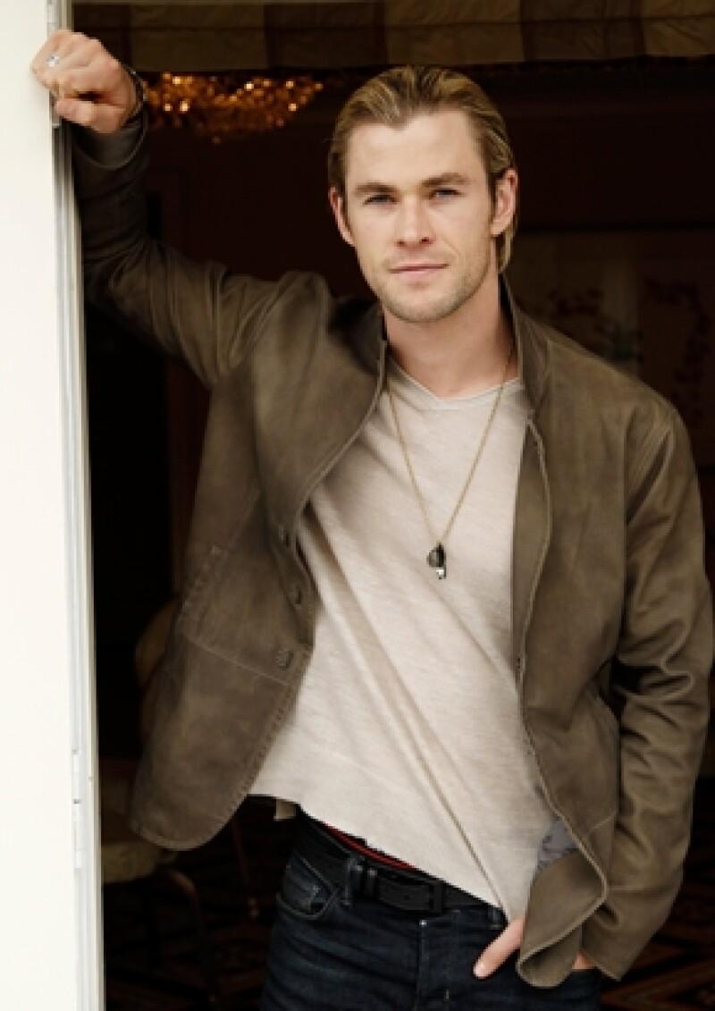 Todo parece que el verdadero poder del actor australiano Chris Hemsworth, quien es parte del elenco de `Los Vengadores´, es que está en todas partes.