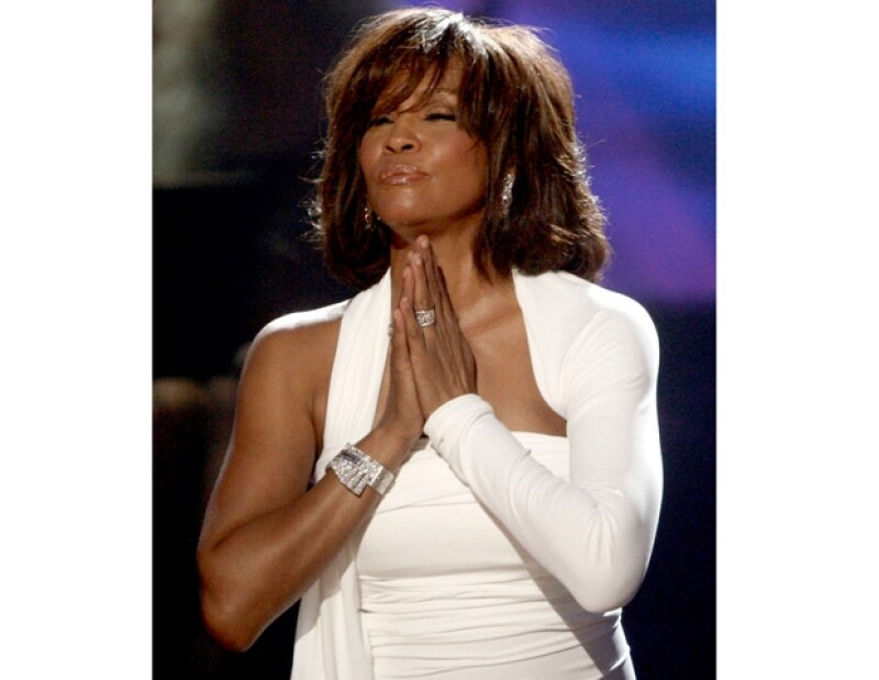 Whitney fue despedida con mucho cariño en un funeral en donde familiares y amigos le dieron el último adiós.
