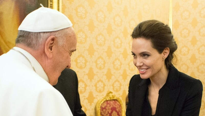 Angelina Jolie - papa Francisco