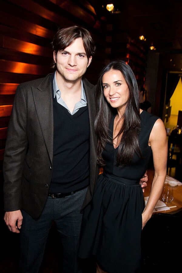 Charity Gala With Demi Moore And Ashton Kutcher - Private Dinner