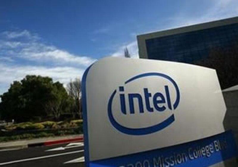 La compra de McAfee reducirá las ganancias netas de Intel en el primer año. (Foto: Reuters)