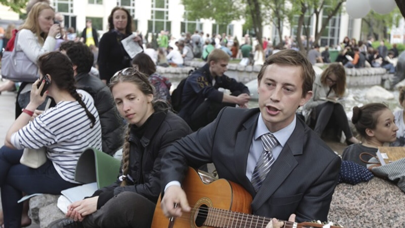 jovenes rusos protestan contra vladimir putin