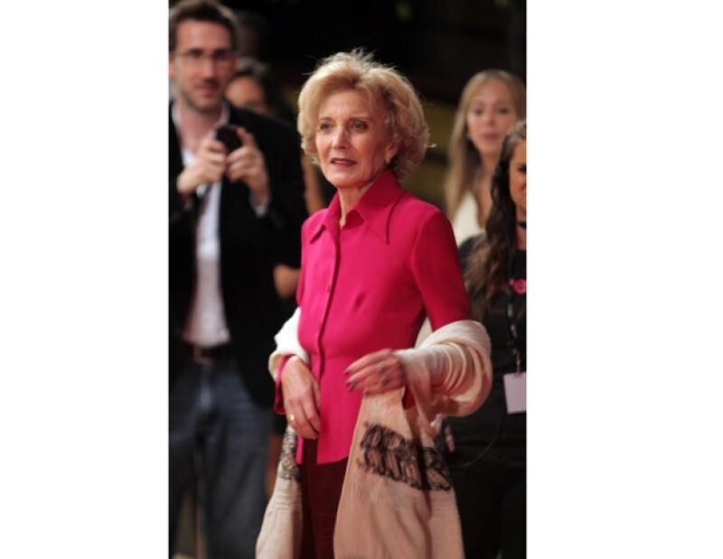 La actriz española Marisa Paredes fue la más esperada y ovacionada del Festival Internacional de Cine de Morelia que dio inicio hoy con una alfombra roja llena de celebridades.