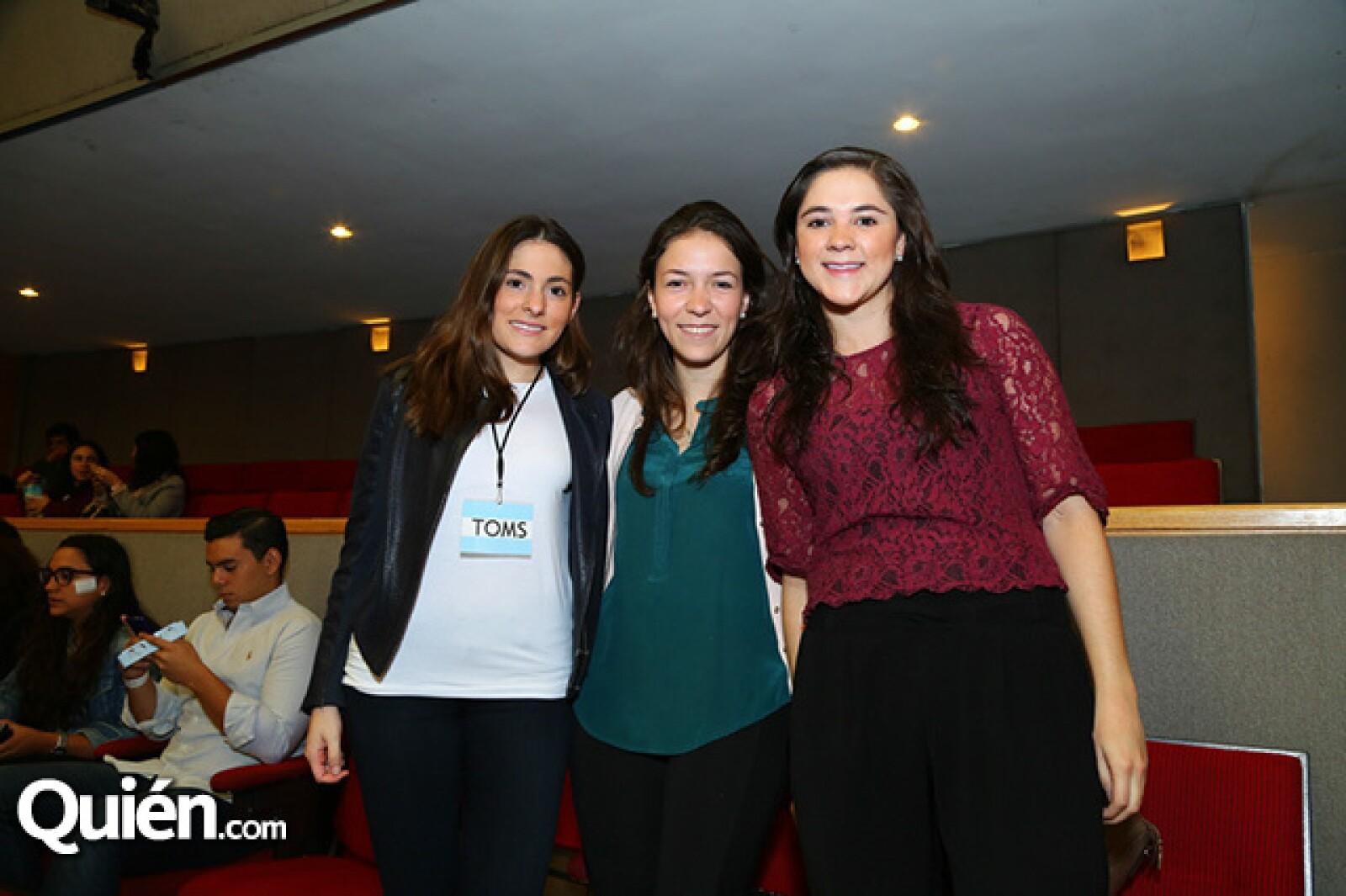 Eileen Guerrero, Alejandra León y Cynthia Torres
