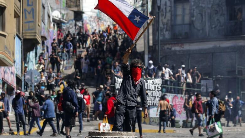 CHILE-TRANSPORT-METRO-PROTEST