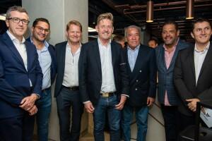 CUPRA-opens-its-first-CUPRA-Garage-worldwide-in-Mexico_04_HQ.jpg