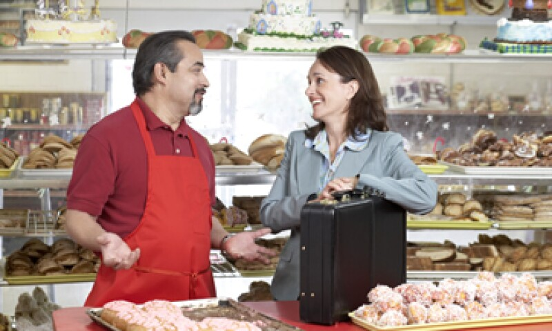 Antes de tomar un crédito asegúrate de conocer las tasas de interés, comisiones y plazos de pago. (Foto: Thinkstock)