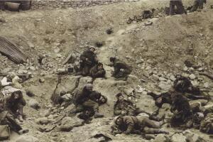 2012_NYR_02557_0027_000(jeff_wall_dead_troops_talk).jpg