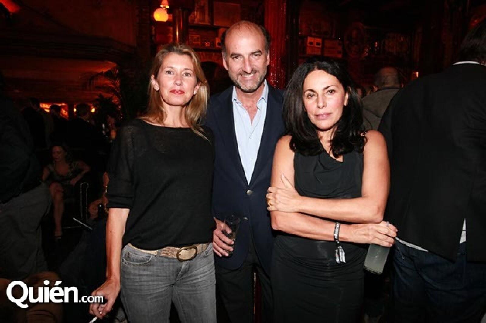Mónica López,Javier Reza y Sofía Moreno