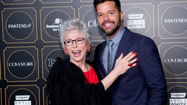 Ricky Martin y Rita Moreno se mostraron de lo más carismáticos para la fiesta cuyo tema fue `La vida es un carnaval´.