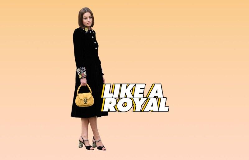 lady-di-the-crown-paris-fashion-week