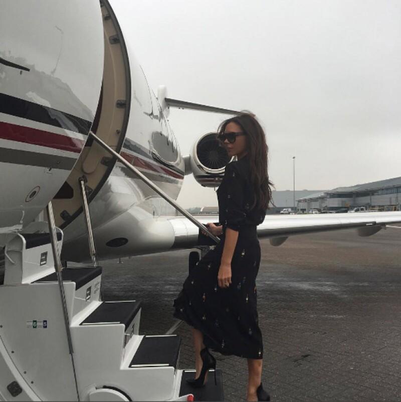 Desde que llegó a Cannes, Victoria presumió uno de sus diseños.