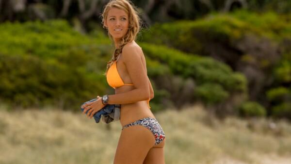 A 8 meses de tener a su hija James, la actriz logró obtener la figura de una surfer profesional gracias a que eliminó dos alimentos de su dieta. Descubre cuáles fueron.