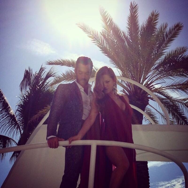 La pareja más hot de Miami no desaprovecha ni un solo minuto de su fin de semana para estar juntos y al lado de sus hijas Erin y Regina.