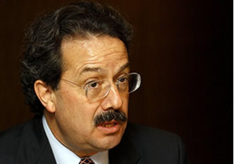 Juan Molinar Horcasitas, titular de la SCT, explicó que no será necesario que las personas cambien su televisor. (Foto: Archivo Notimex)