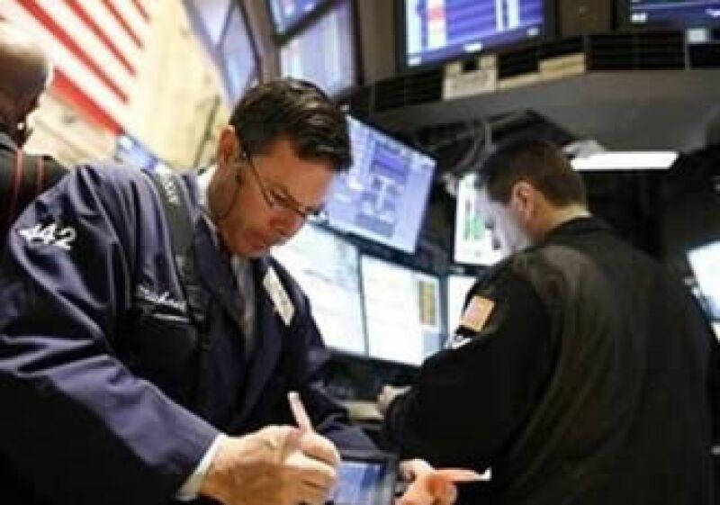 Wall Street inició la semana con números positivos. (Foto: Reuters)