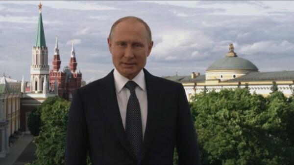 Vladimir Putin da la bienvenida a futbolistas y aficionados del Mundial 2018