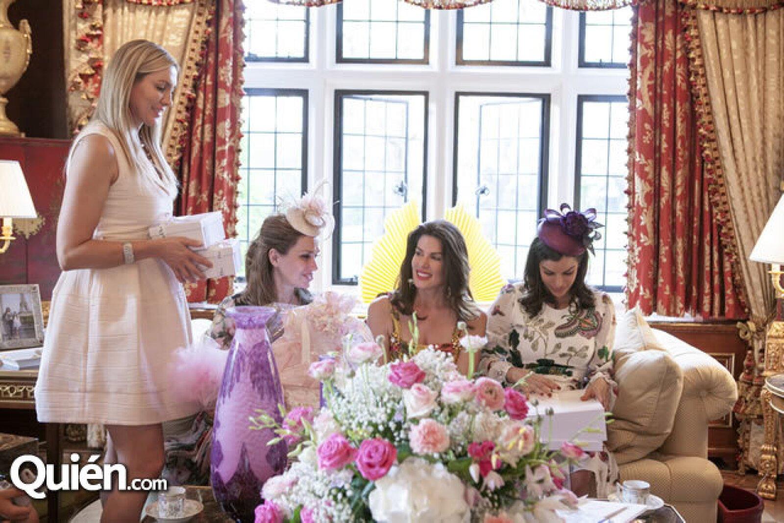Nuria Carte, Sonia Falcone, Christina Estrada y Bárbara Coppel