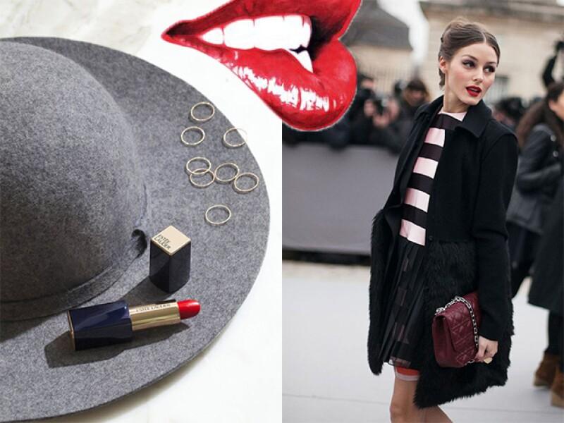 El red lipstick sin duda dará un toque más chic a cualquier look