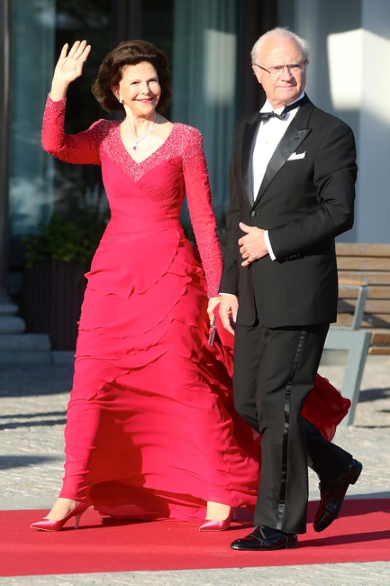 Carlos XVI Gustavo y Silvia de Suecia.