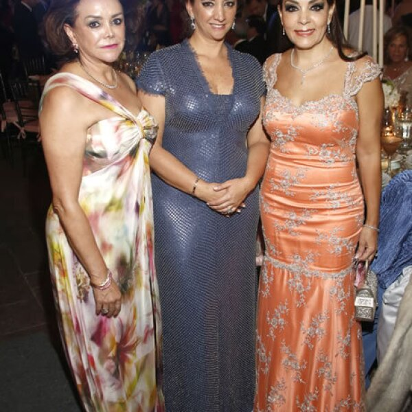 Adriana Salinas, Claudia Ruiz Massieu e Isabel Goñi