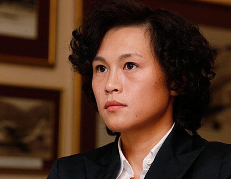 Además de la jugosa recompensa, el chino Cecil Chao ha ofrecido al posible yerno un puesto en su compañía en Hong Kong.