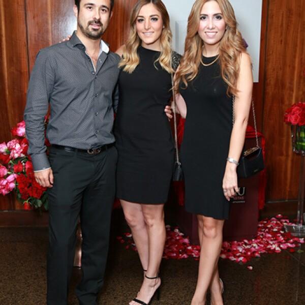 Pepe Martínez,Yuly Olivares y Pilar Rodríguez
