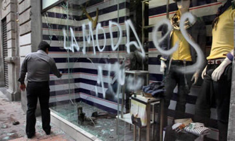 Existen seguros que cubren las afectaciones directas por actos vandálicos; 32 aseguradoras los ofrecen: AMI.(Foto: Notimex )