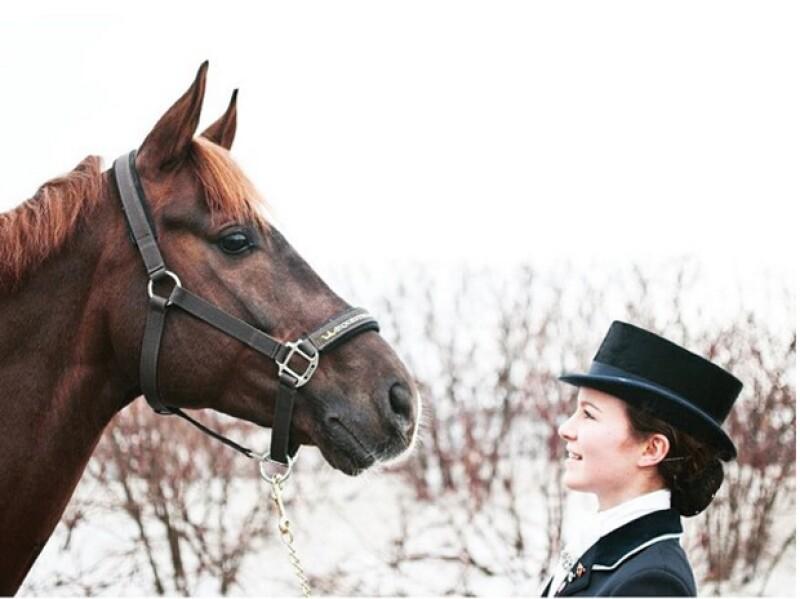Actualmente Alexa vive en Alemania y se dedica a la equitación.