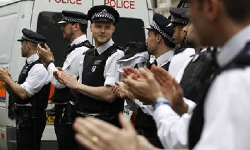 Policías en Londres protestan por el plan de austeridad del gobierno. (Foto: Reuters)
