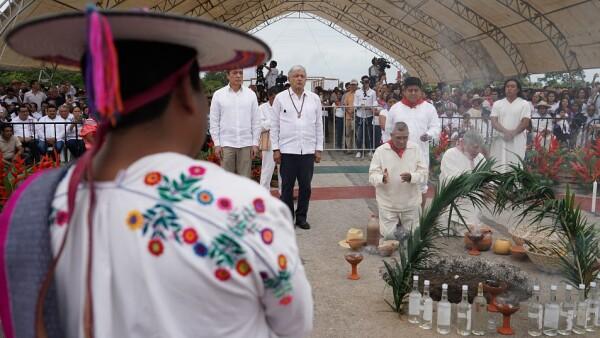 AMLO en la ceremonia del Tren Maya