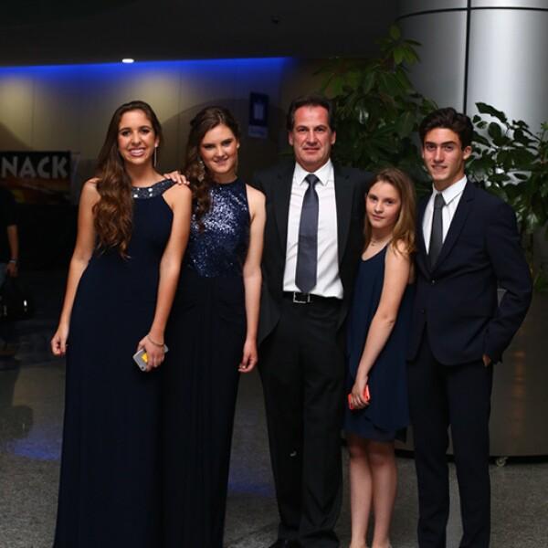 Paloma Caballero, Macarena Gutiérrez, Óscar Gutiérrez, Amaya Gutiérrez y Patricio Dunand