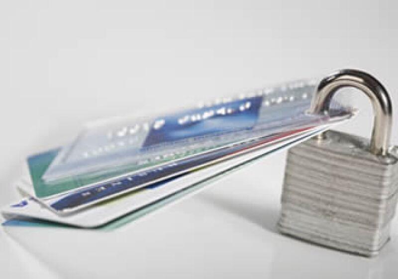 La mejor forma de hacer uso de las tarjetas de crédito es que pagues el total de la deuda antes de la fecha límite.  (Foto: Photos To Go)