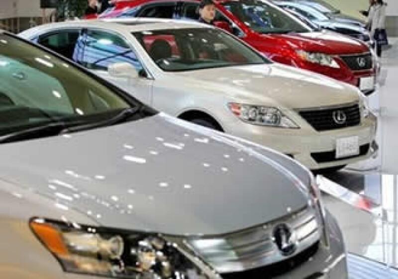 Toyota supervisa posibles problemas con los frenos de su Lexus HS250h. (Foto: AP)