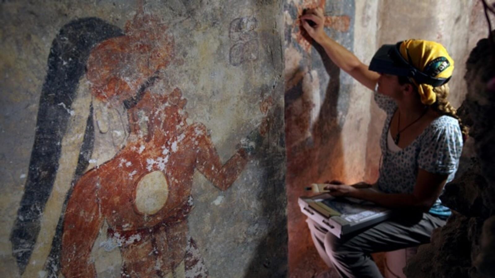 estructura con calendario maya