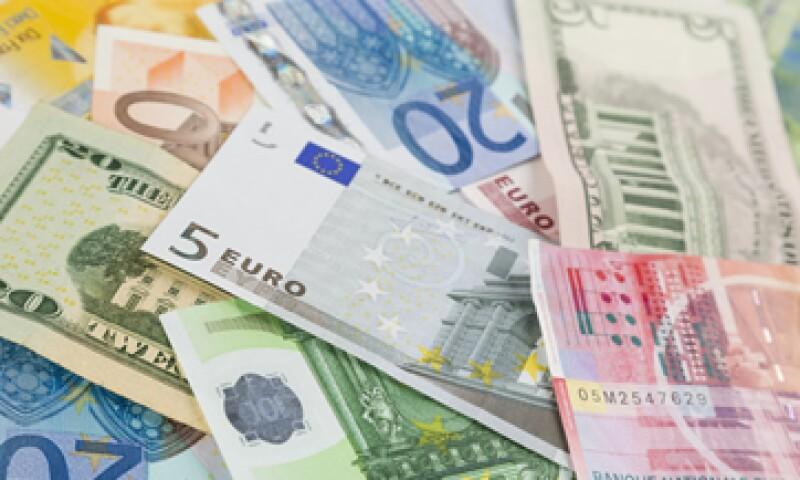 El euro ha perdido casi 15% contra el dólar en seis meses.  (Foto: iStock by Getty Images )