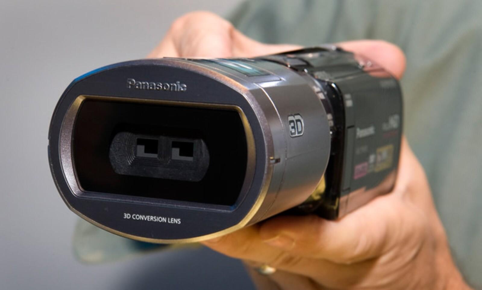 Panasonic presentó la cámara HDC-TM900, capaz de grabar en alta definición y en tercera dimensión.