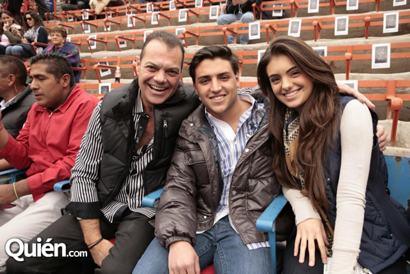 Andres Tort,Rodrigo Zamudio,Renata Tort