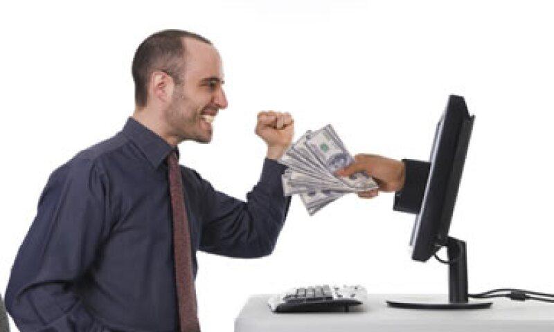 Los expertos aconsejan evitar las compras por impulso en la tecnología de tu primera oficina. (Foto: Photos To Go)