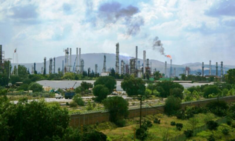 El proyecto para construir la refinería Bicentenario fue cancelado en 2014 (Foto: Cuartoscuro/Archivo )