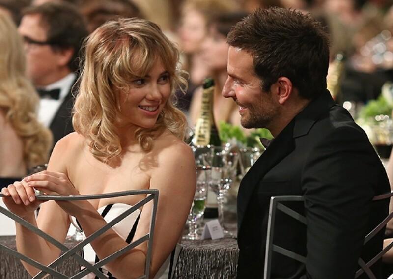 Testigos aseguraron que Brad y su novia disfrutaron el uno del otro con cariños y miradas.
