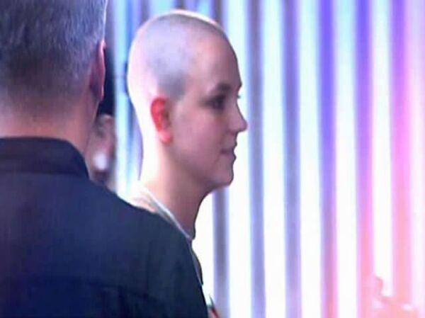 2007. Después de su divorcio con Kevin Federline y una serie de problemas personales, Spears fue vista rapada en febrero de este año.