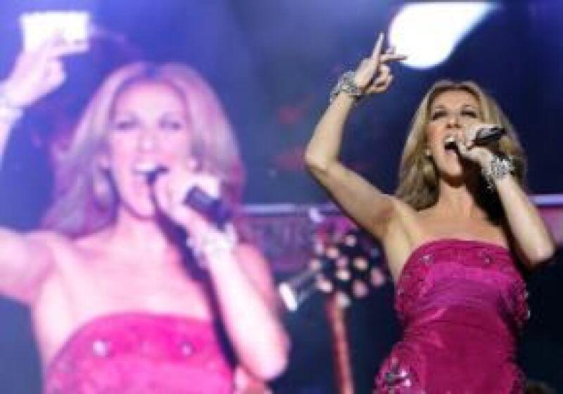 La cantante presenta &#39My Love&#39, que incluye dos producciones con sus temas más famosos y algunos cortes que realizó a dúo con otros grandes cantantes.