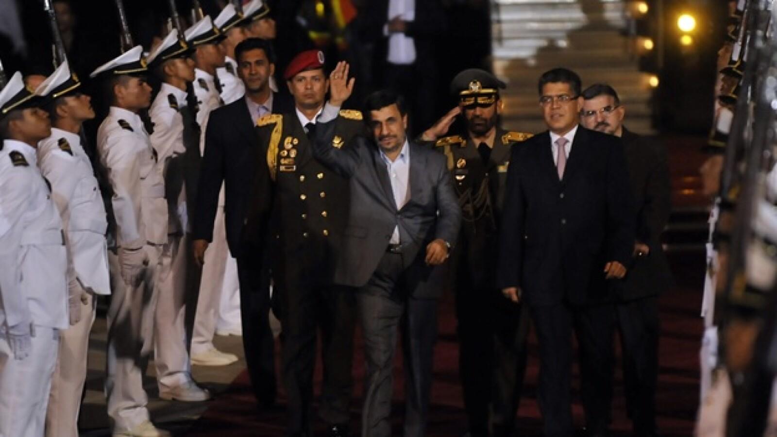 Llega presidente de Irán a Venezuela