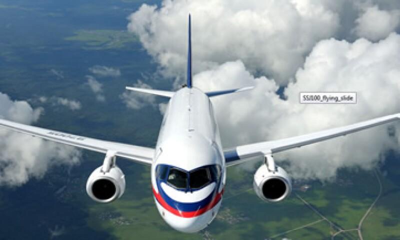 La flota Superjet 100 llegará a 30 unidades, dijo la aerolínea mexicana. (Foto: Tomada de superjetinternational.com )