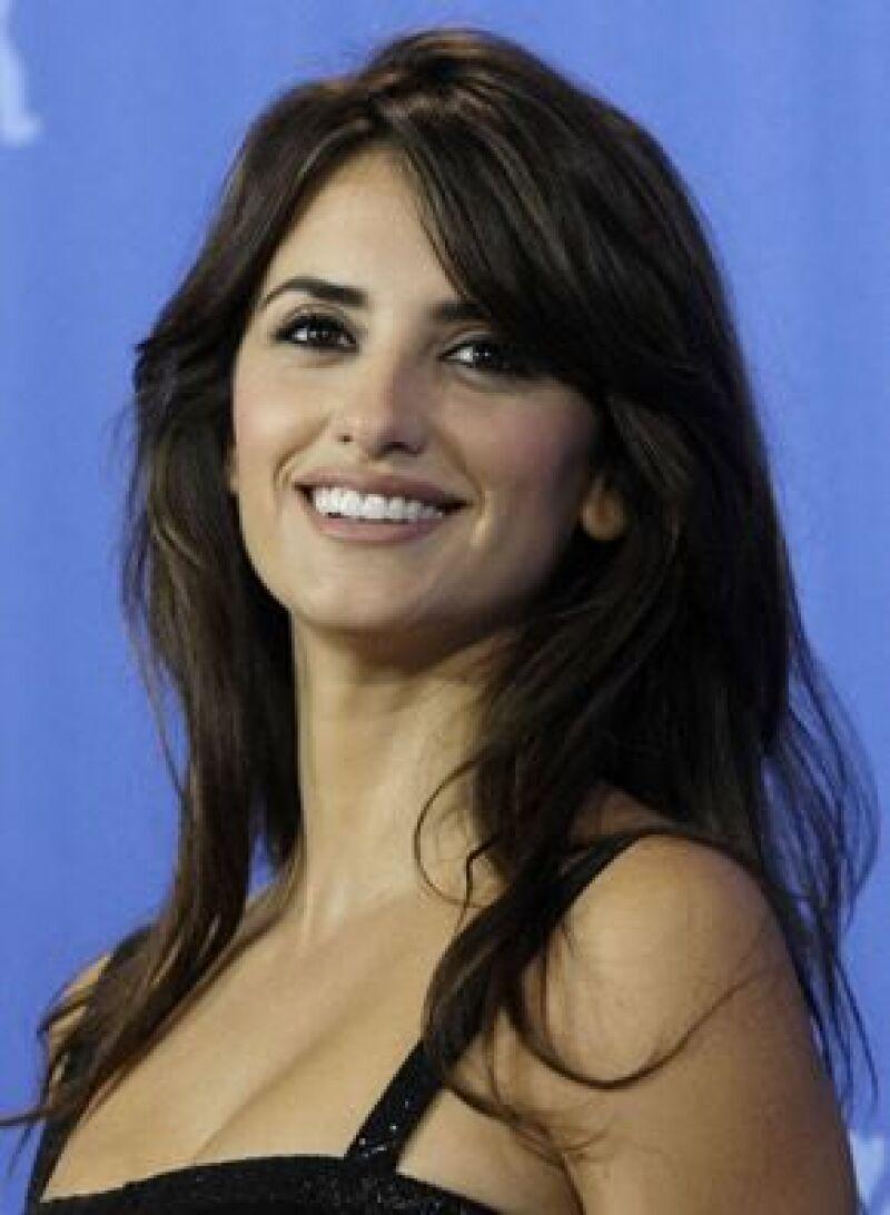 La actriz animó a los neoyorquinos a luchar contra el Sida en el Parque Madison Square de Manhattan.