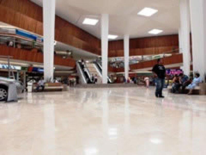 Los centros comerciales analizan un cierre temporal (Foto: Notimex)