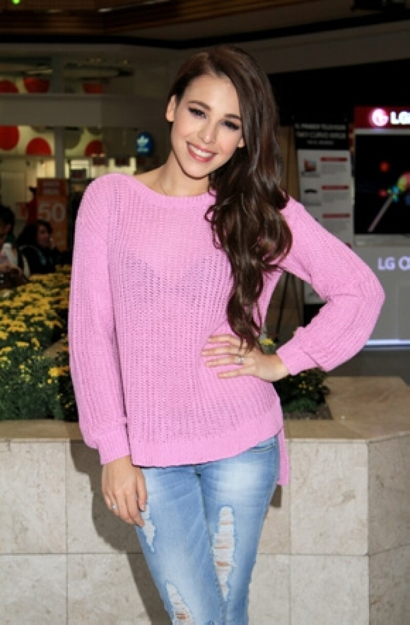 La cantante descubrió el lado menos amable de la fama hace tres años cuando beliebers la intimidaron en redes sociales para que no acudiera a un concierto del ídolo juvenil.